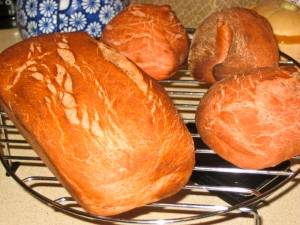 Beetroot bread and rolls