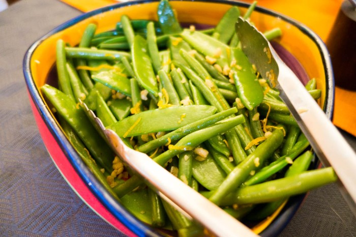 Green beans & mangetout with hazelnuts and orange